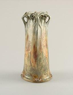 Vase_(France),_1908_(CH_18607585)